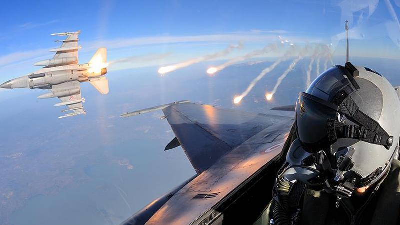 Savaş pilotları 'yuva'ya dönüyor