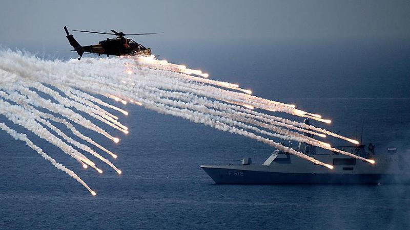 TSK'dan 3 denizde dev gövde gösterisi: Mavi Vatan!