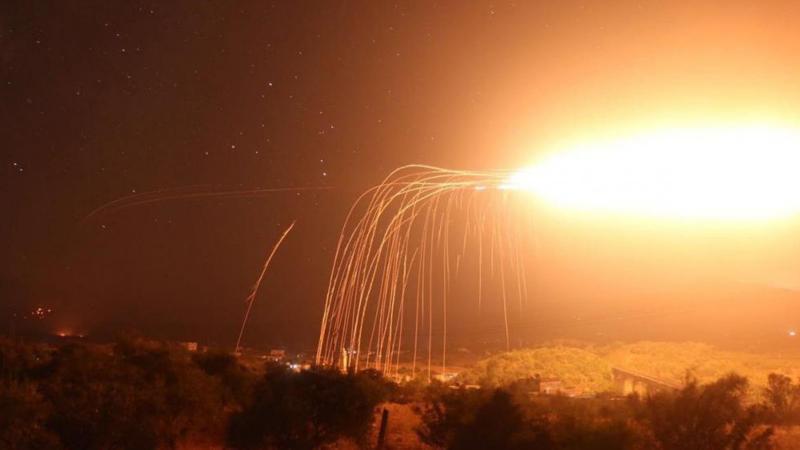 ABD Suriye'yi fosfor bombalarıyla vurdu!