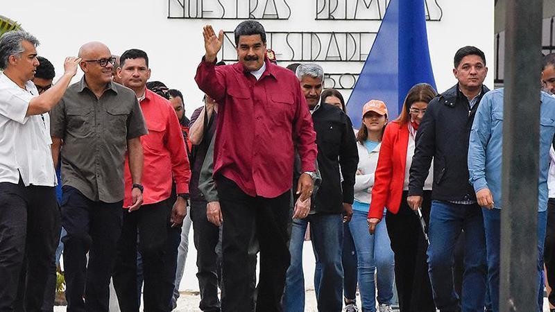 Maduro'dan, ABD Büyükelçisi'ne 48 saat süre