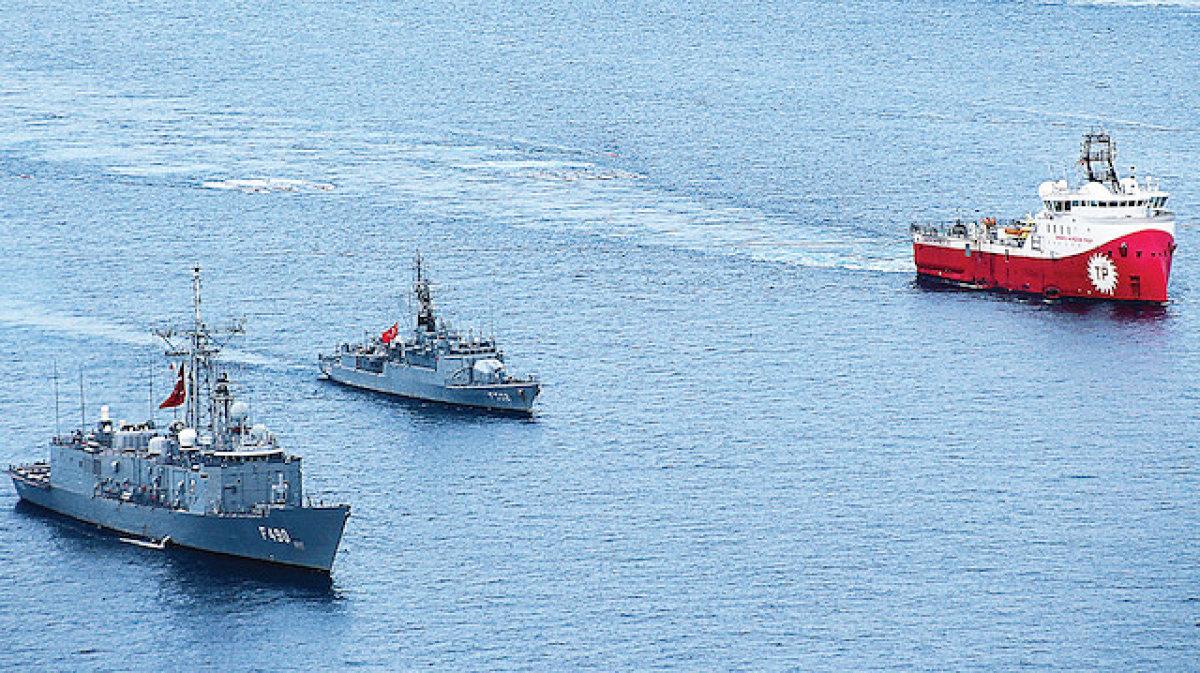 Türk Donanması Doğu Akdeniz'de 7 Gemiyi Durdurdu