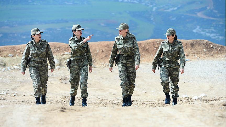'Zeytin Dalı'nın kadın subayları