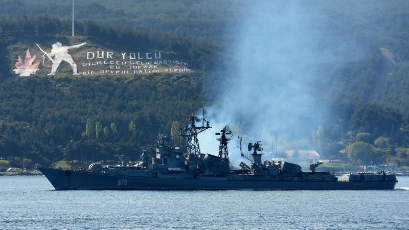 Rus savaş gemileri Akdeniz'e yol alıyor