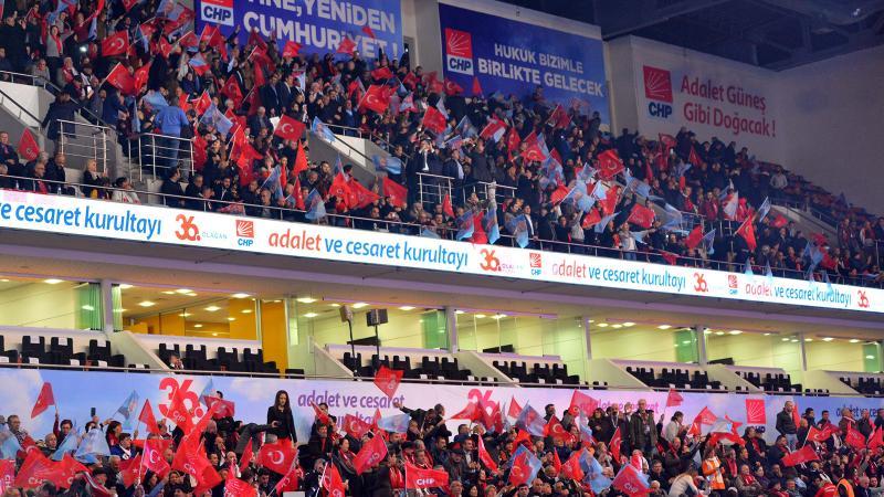 CHP kurultayı toplandı: 5 aday var!