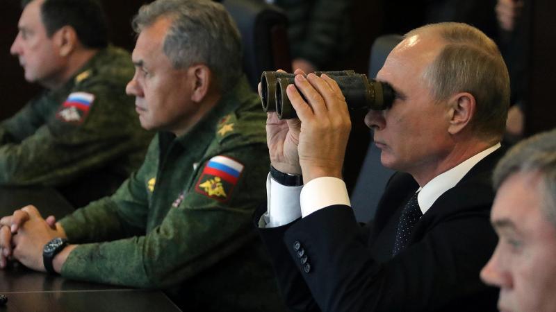 Rusya: ABD'nin Suriye'de 20 korsan üssü var