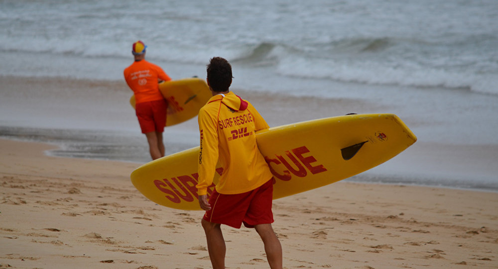 Portekiz'de 20 metrelik dev dalga sörfçüyü 'yuttu'