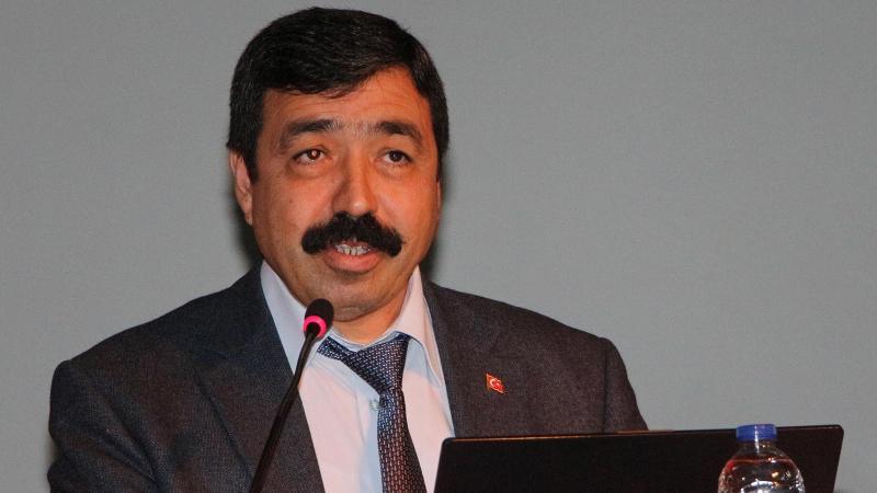 Erdoğan, 'Gençleri Evlendirme Vakfı' başkanını İKÇÜ'ye rektör atadı